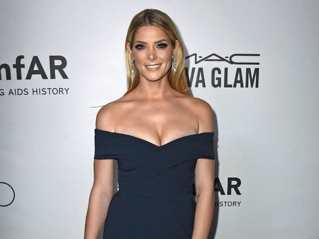 ashley-greene-tried-to-stay-down-to-earth-after-being-cast-in-twilight_604870