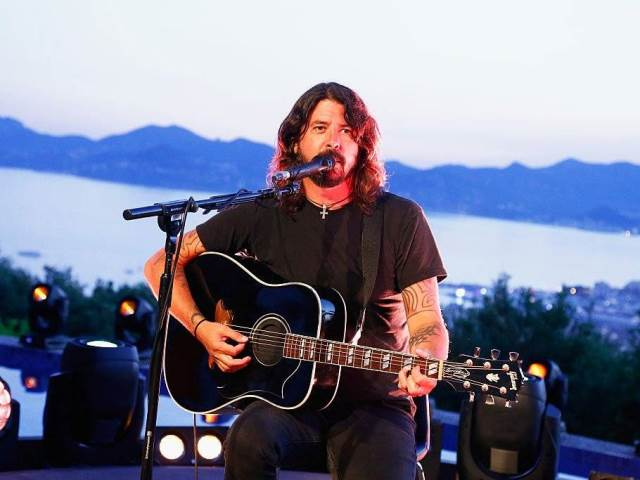 dave-grohl-lives-a-pretty-normal-life-when-hes-not-working_233886