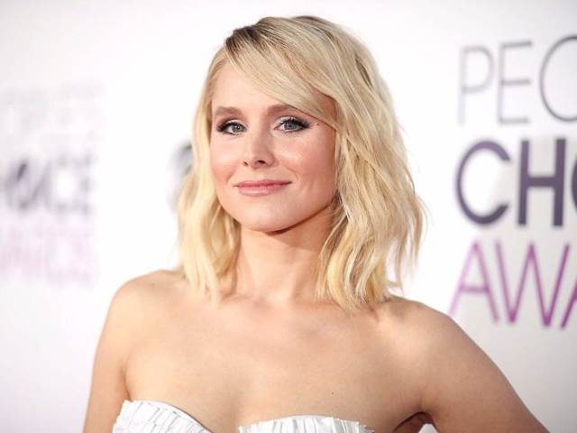kristen-bell-said-she-sometimes-steals-her-neighbors-coupons_771750