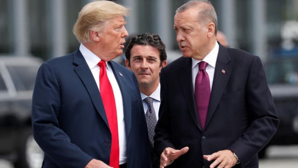 ترامب يواجه أردوغان.. وتحذير شديد اللهجة بسبب روسيا
