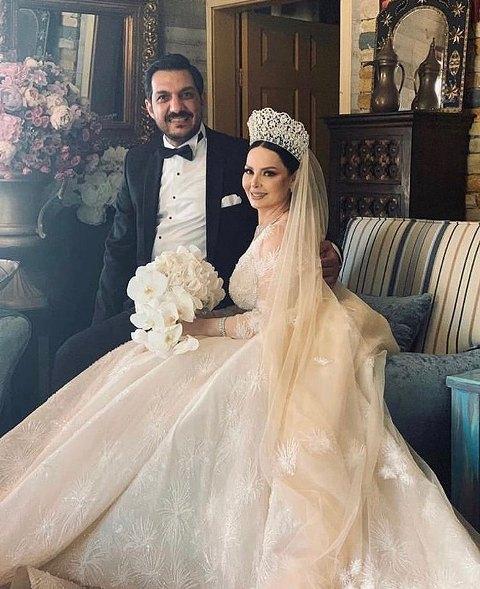 182198-حفل-زفاف-ديانا-كرزون-(4)